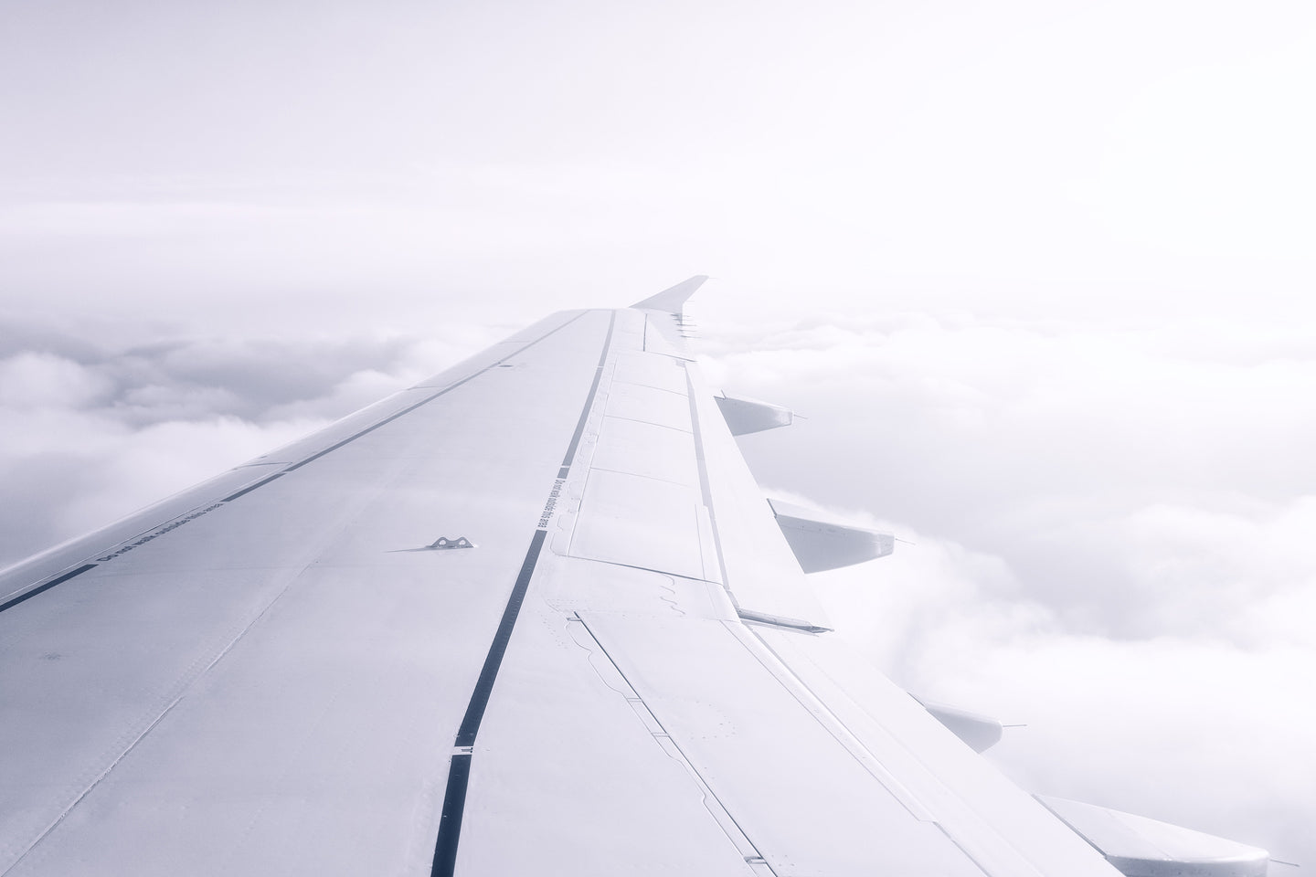 Aircraft wing - W-Photographie