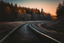 Charger l'image dans la galerie, Train rails during golden hours - W-Photographie
