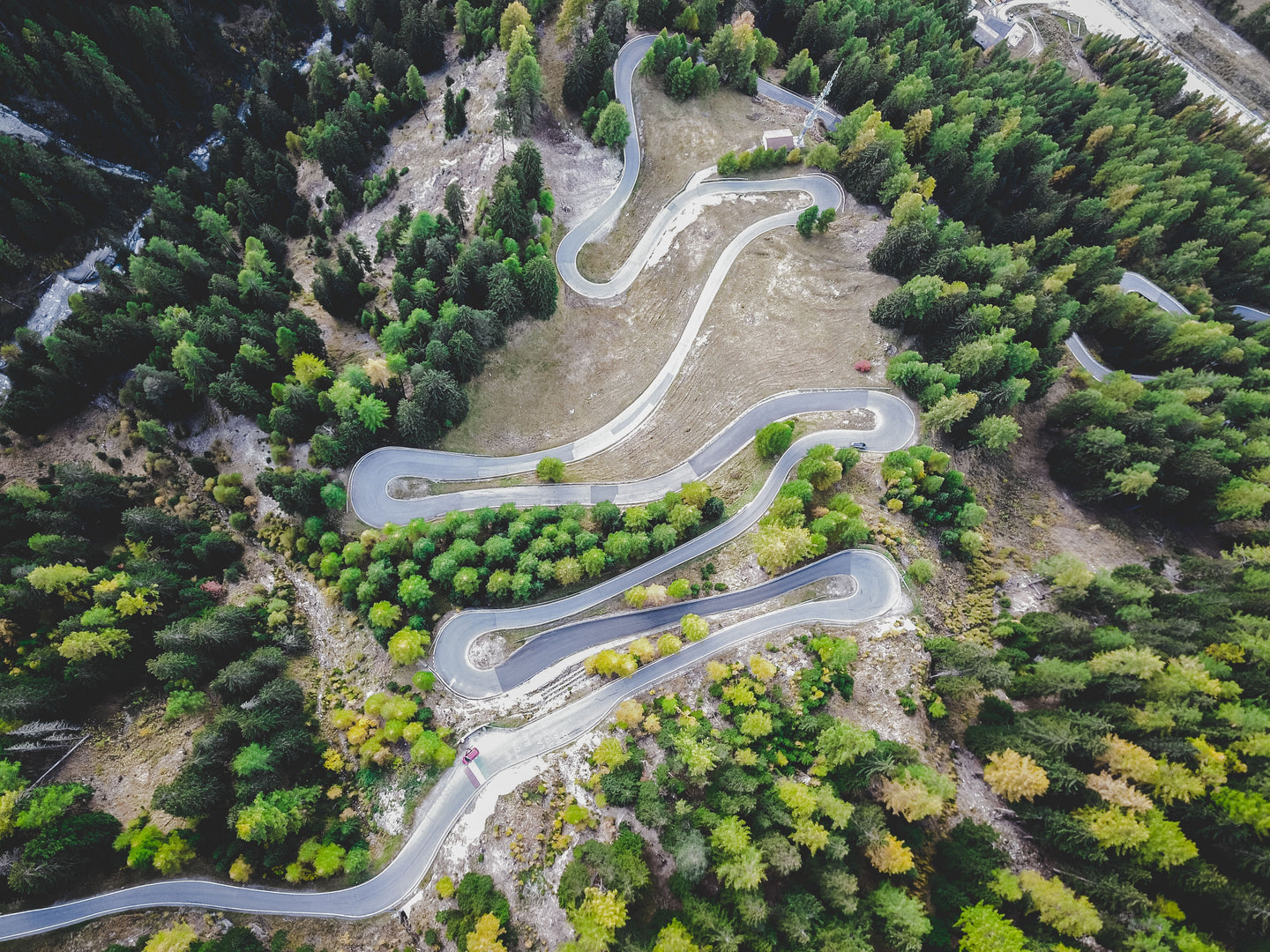 Aerial view ouf mountain road - W-Photographie