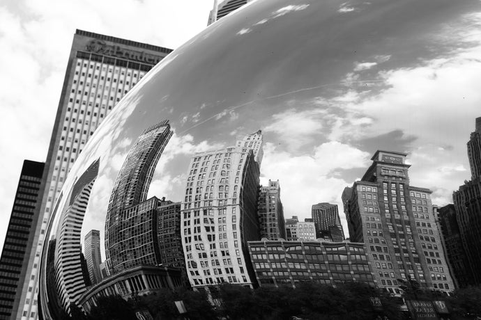 Grayscale photography of Chicago cloud gate - W-Photographie