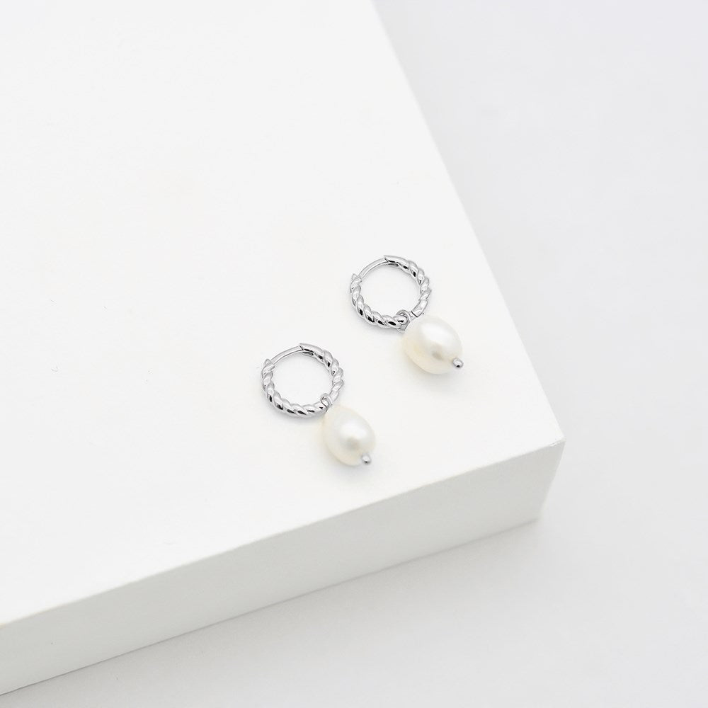 baroque pearl rope hoops