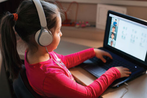 Caring for Children's Eyes in the era of Online Learning