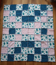 Load image into Gallery viewer, Turtle Rag Quilt