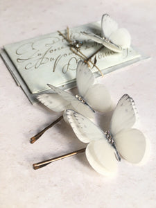 Wedding hair accessories by Flutter Designs