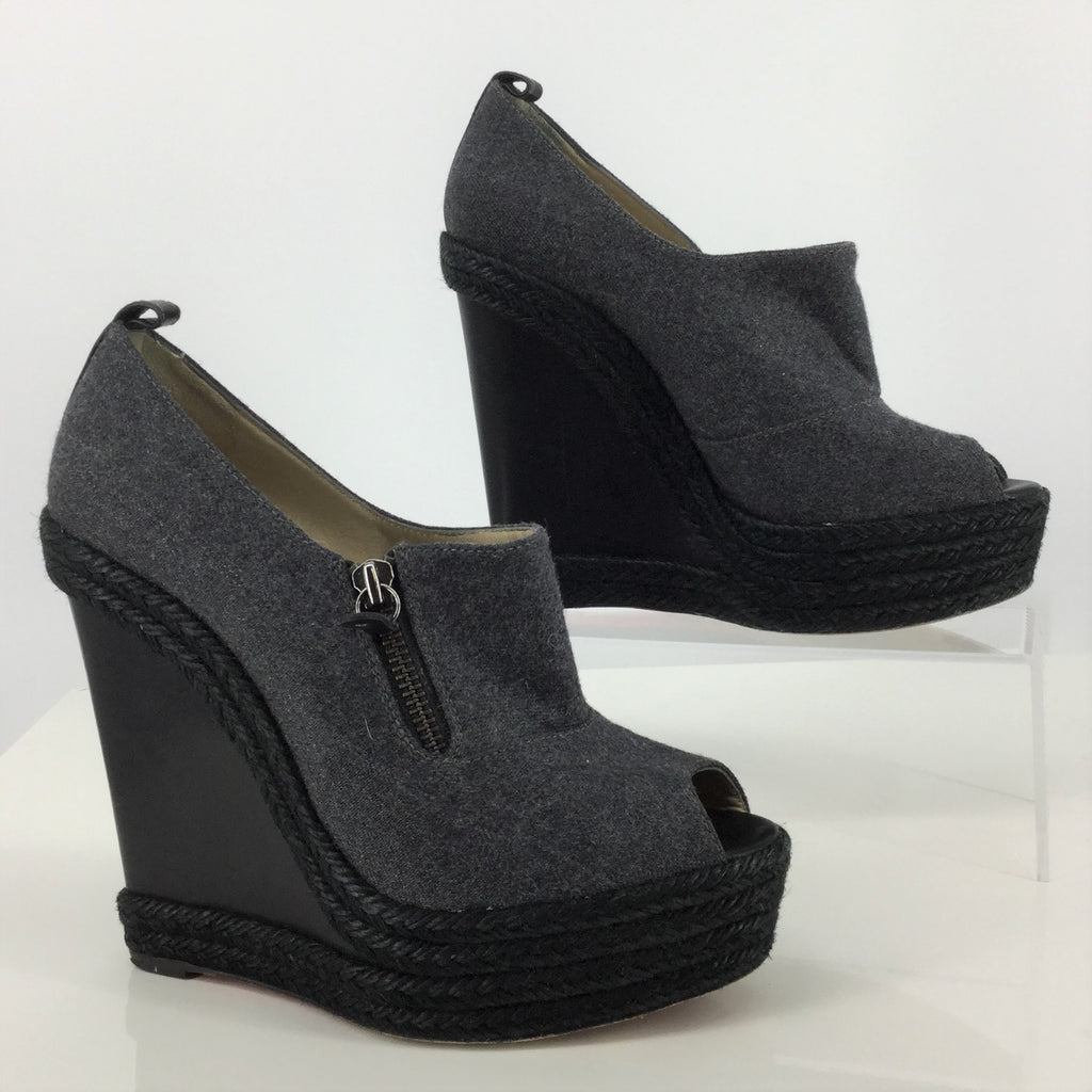 Christian Louboutin Wedges Size:8