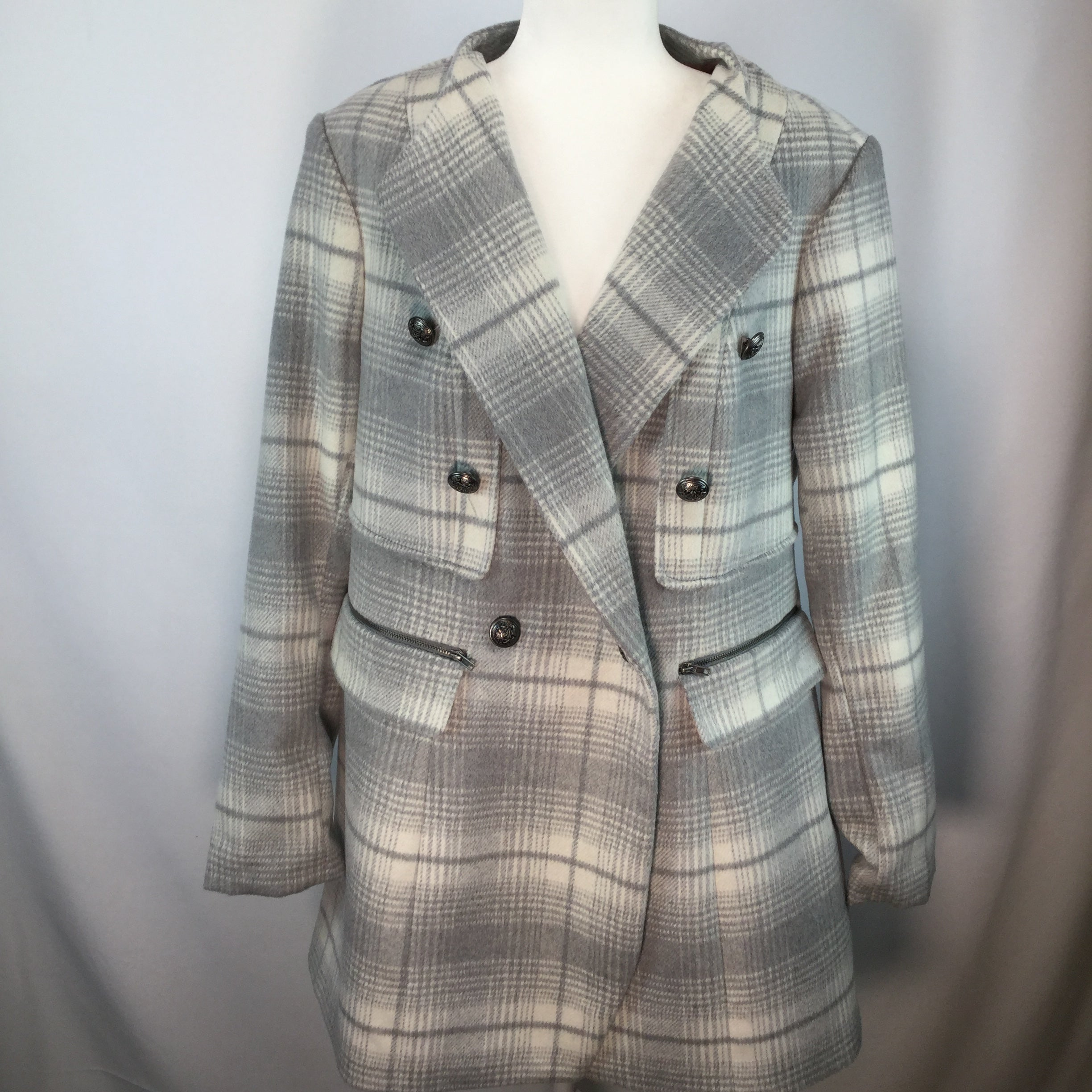 APPAREL,OUTERWEAR - GRAY AND BRUSHED WHITE PLAID WOOL MIDI COAT. BUTTON CLOSURE . 2 ZIP POCKETS ON THE OUTSIDE