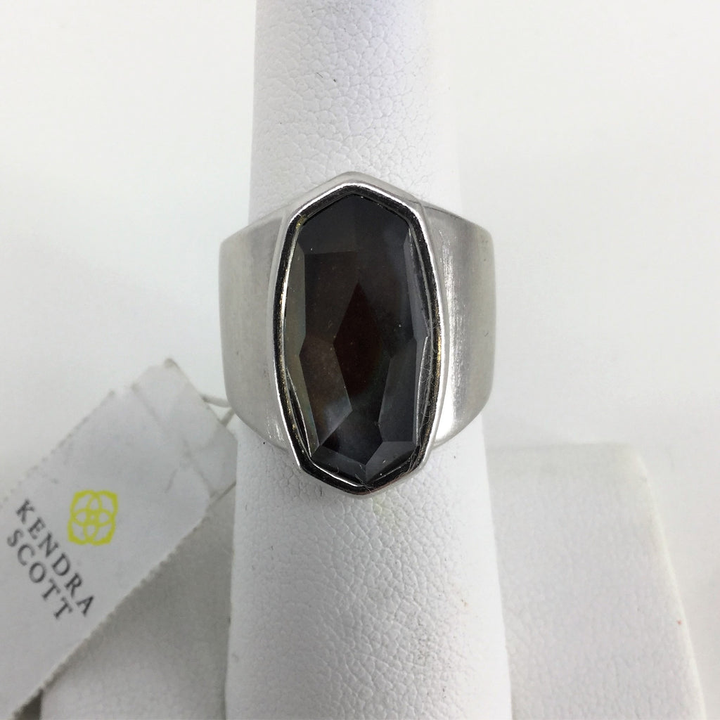 NWT KENDRA SCOTT RING Size:6