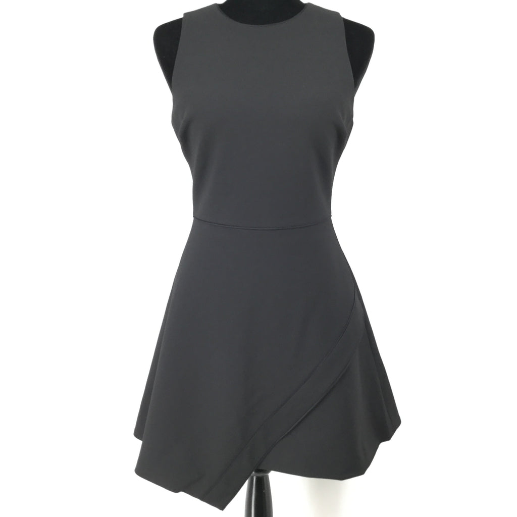 Black Elizabeth And James Dress Size:4