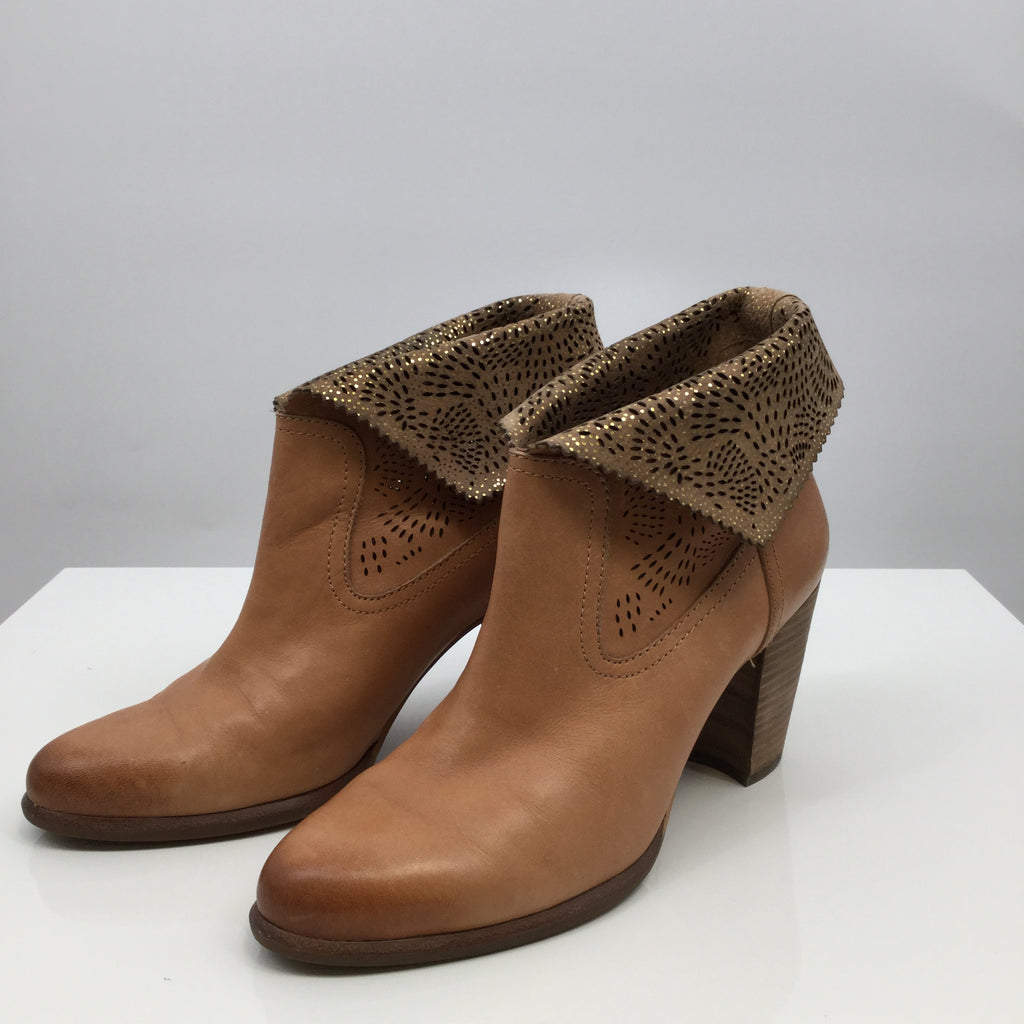Ugg Ankle Boots, Leather, Camel, Size:9