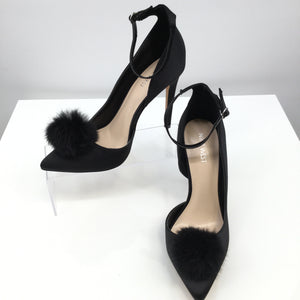 NINE WEST SHOES SHOES HIGH HEEL SIZE:8.5 - BRAND NEW! POM POM NINE WEST HEELS. SIZE 8.5. SO CUTE!