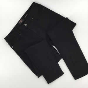APPAREL,BOTTOMS - JEN 7 FOR SEVEN FOR ALL MANKIND  BLACK ANKLE SKINNY JEANS.  JEANS ARE IN EXCELLENT CONDITION NO FADING ON BLACK DENIM, GREAT SKINNY CUT.
