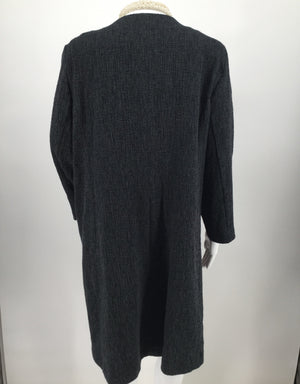 Eileen Fisher Short Coat Size Xl Nwt -    NWT.   SHORT COAT.   EILEEN FISHER.   CHARCOAL.   SIZE XL.   BEST PAIRED WITH LONG NECKLACE.   LONG SLEEVE.   TANK TOP AND NECKLACE NOT INCLUDED.  .