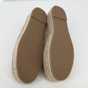 Soludos Tan Shoes Size 7 - THESE SOLUDOS SHOES ARE TRENDING THIS SPRING! THEY ARE IN GREAT CONDITION. THEY ARE VERY CLEAN ON THE INSIDE AND OUTSIDE. THEY LOOK LIKE THEY HAVE NOT BEEN WORN MUCH.
