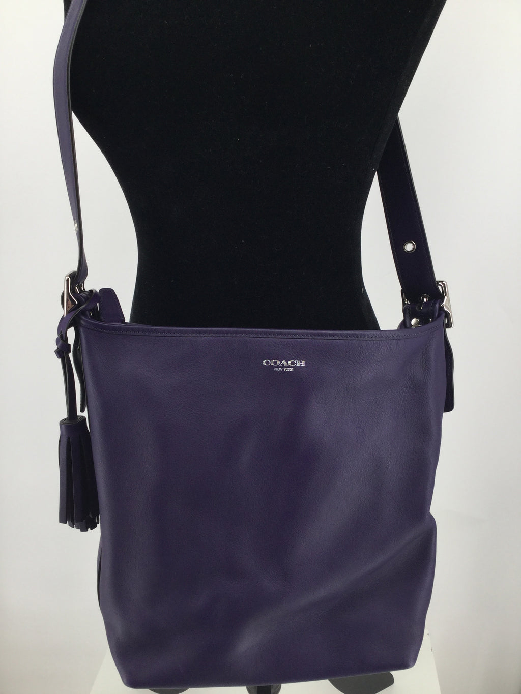 COACH LEGACY LEATHER  PURPLE DUFFLE