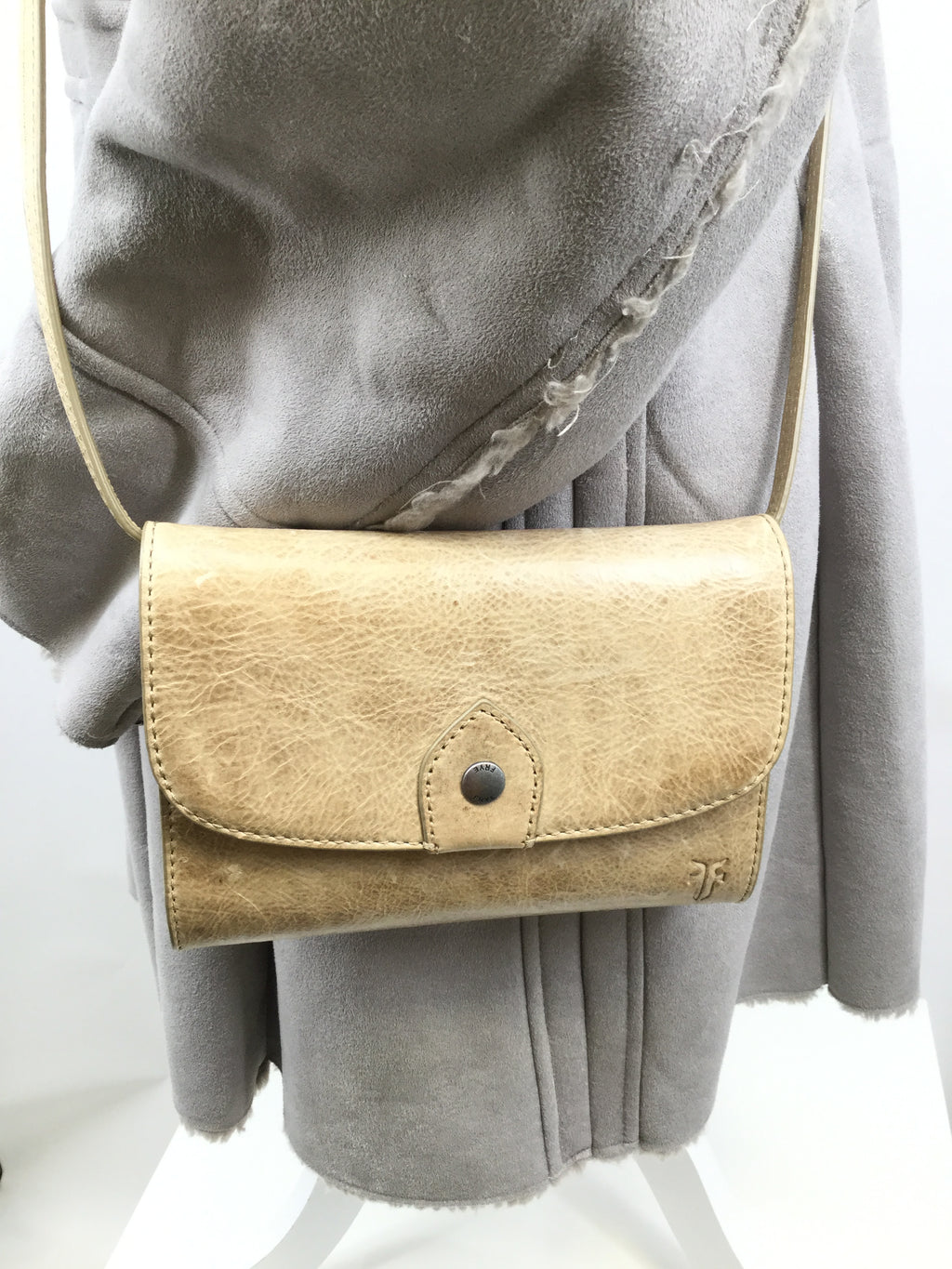 FRYE CROSSBODY SIZE:SMALL