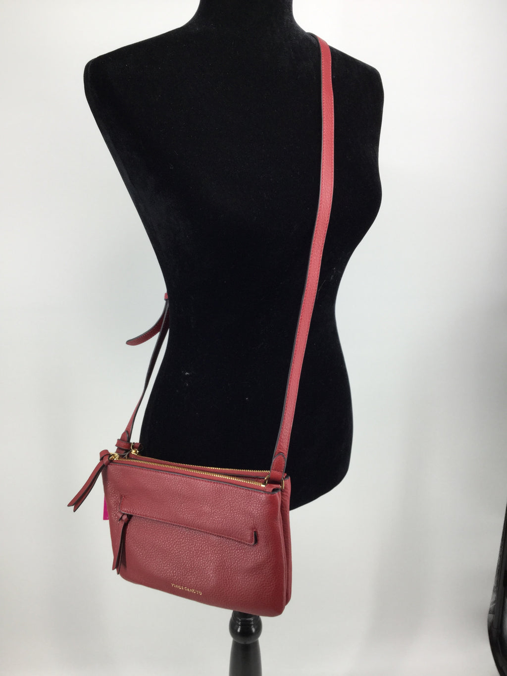 VINCE CAMUTO CROSSBODY SIZE:SMALL