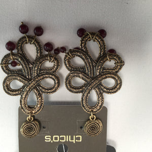 JEWELRY, - GOLD INTRICATE DESIGN WITH RED BEADS COMPLIMENTING THE BOTTOM TAGS ATTACHED