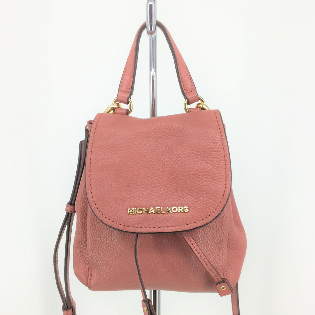 MICHAEL KORS RILEY SMALL FLAP PACK