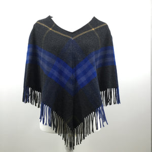 BURBERRY PONCHO SIZE:XS - BURBERRY LONDON SHAWL.SIZE XS.90% MERINO WOOL, 10% CASHMERE.A FEW OF THE FRINGES HAVE COME UNRAVELED.