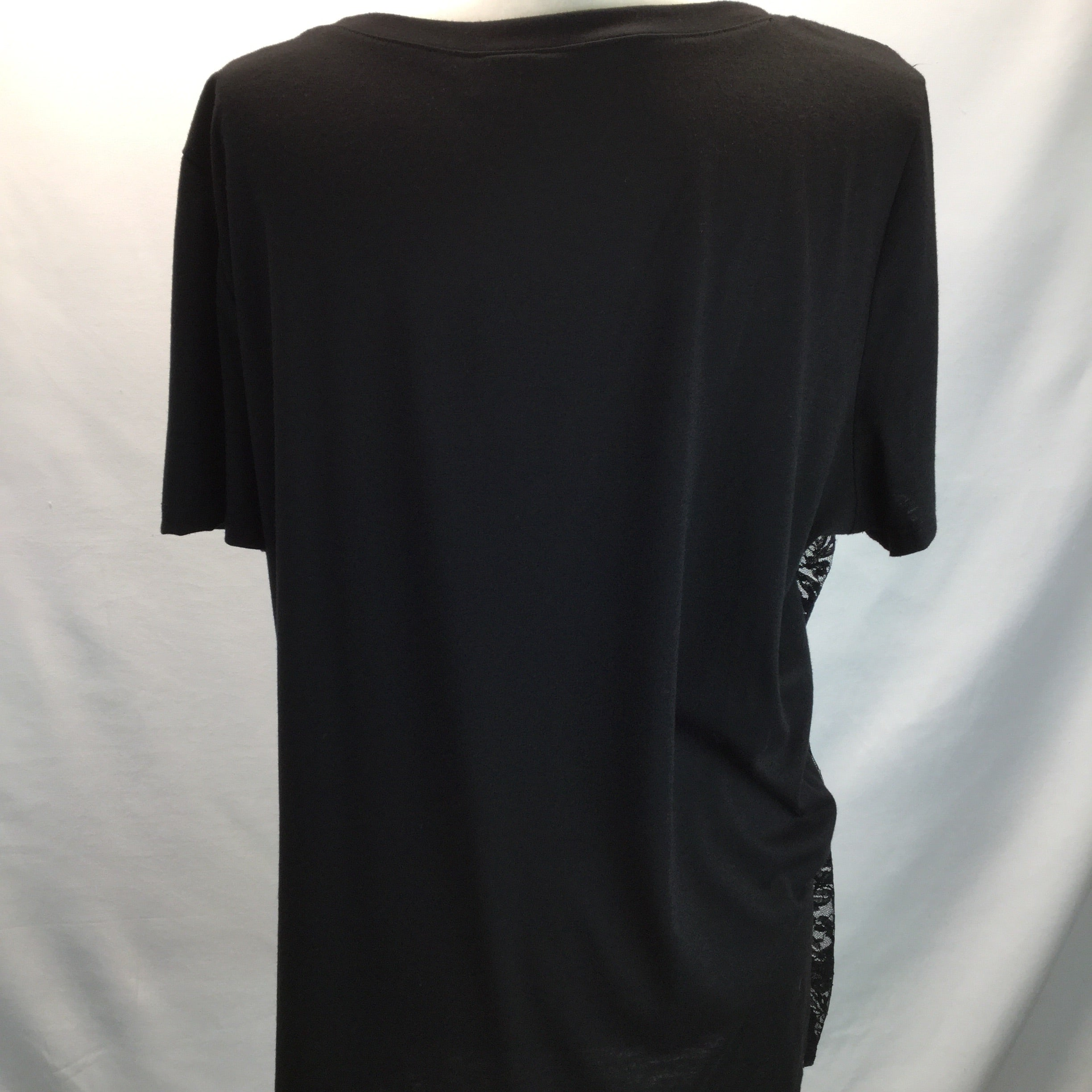 TORRID Black Graphic T-shirt w/ Lace Overlay Size 2X