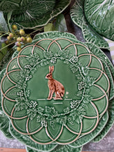 Load image into Gallery viewer, Bordallo Pinheiro Grove Hare Plate