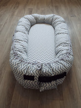 Load image into Gallery viewer, Snug As Baby Pod - Grey