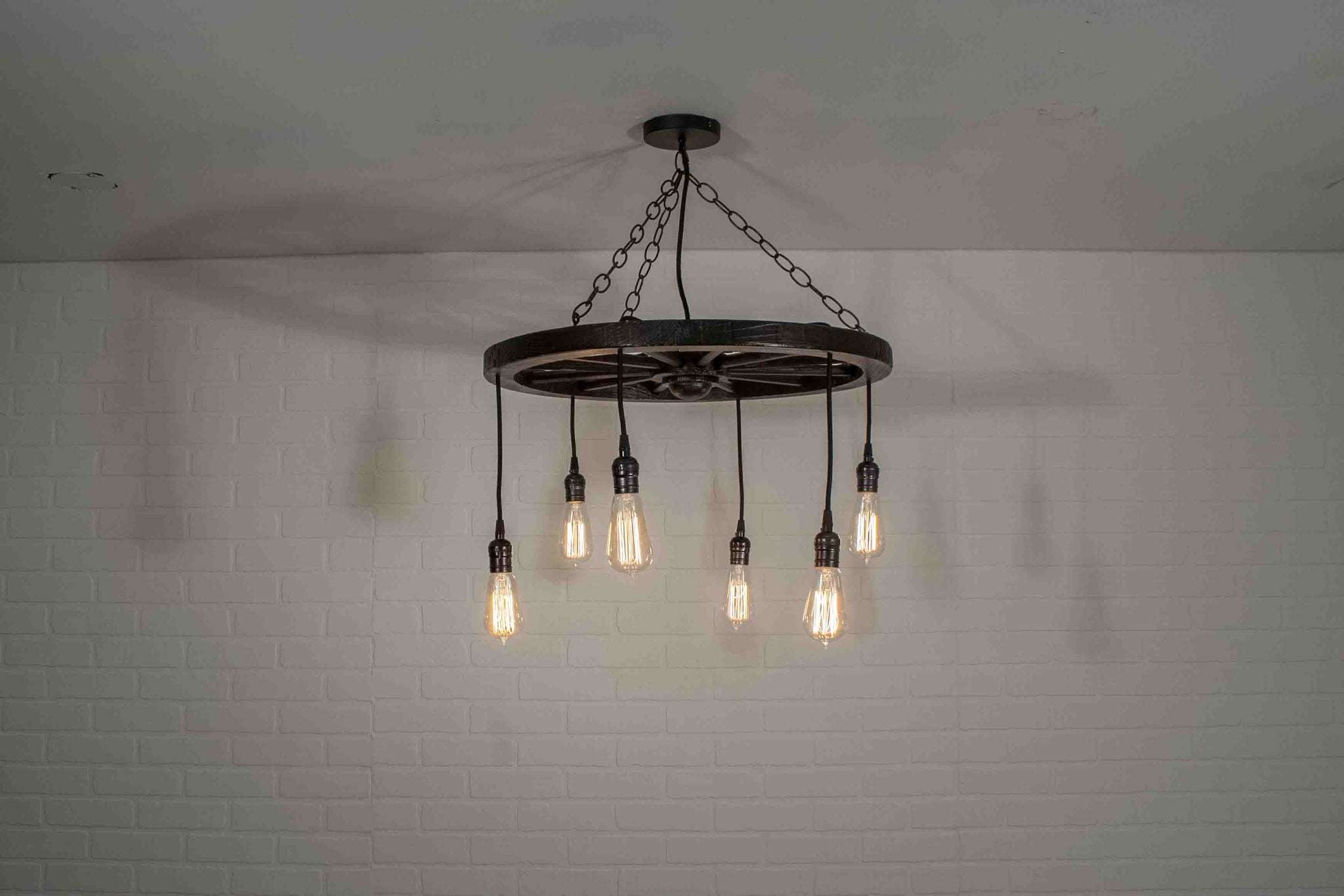 farmhouse dining light fixture with 6 pendants
