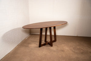 Oval table upgrade for Catriona - Loewen Design Studios