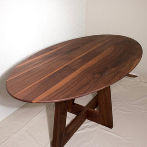 Oval Table with Saarinen Edge - Loewen Design Studios
