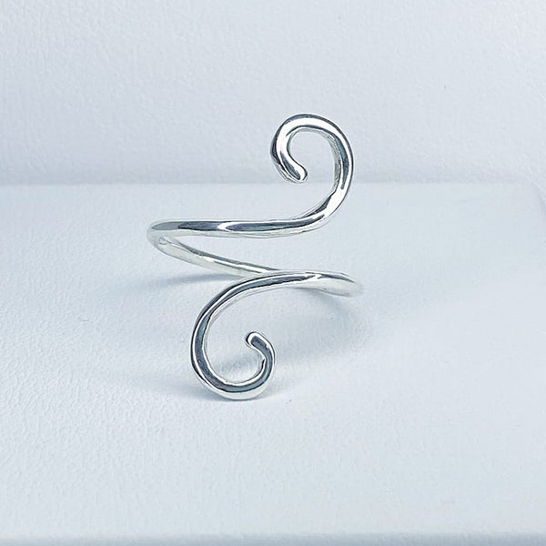 Simple Waves Ring