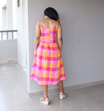 Load image into Gallery viewer, Pink Checkered Midi Dress with Straps