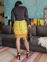 Load image into Gallery viewer, Yellow Warli Printed Handloom Cotton Pencil Skirt