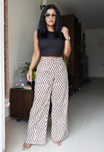 Load image into Gallery viewer, Beige Printed Cotton Wide Leg Pants