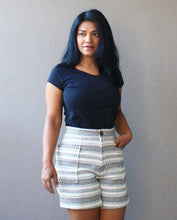 Load image into Gallery viewer, Off White Handloom Cotton Shorts