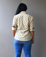 Load image into Gallery viewer, Off White Handloom Cotton Shirt
