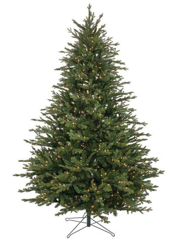 Lighted Pine Tree (7.5 Feet)
