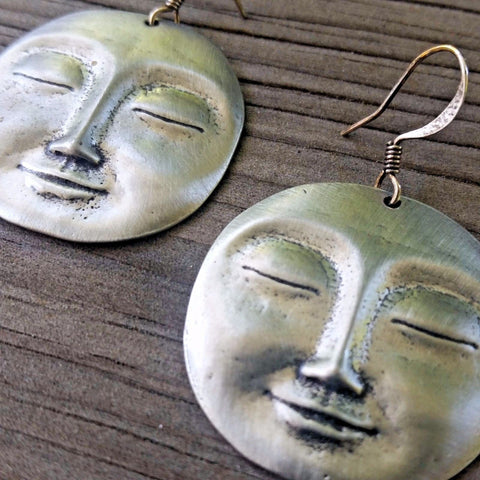 jennymonkey serene face er04 pewter earrings oberon design