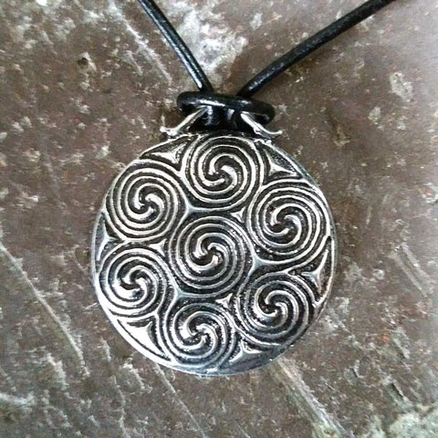jennymonkey celtic spiral oberon design pewter necklace