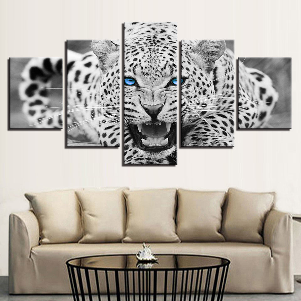 BLUE EYED LEOPARD - Ole Canvas