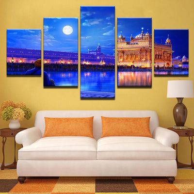 GOLDEN TEMPLE AT NIGHT - Ole Canvas