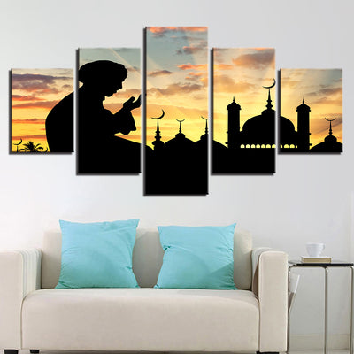 MAN IN NAMAZ - Ole Canvas