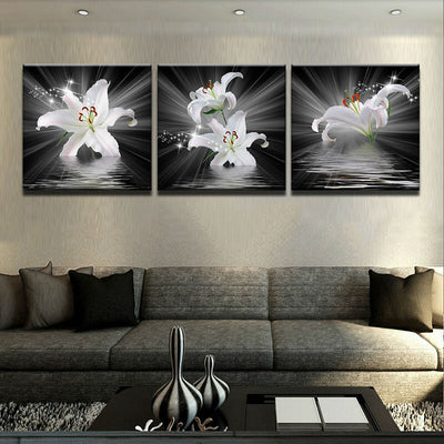 WHITE LILY FLOWER - Ole Canvas
