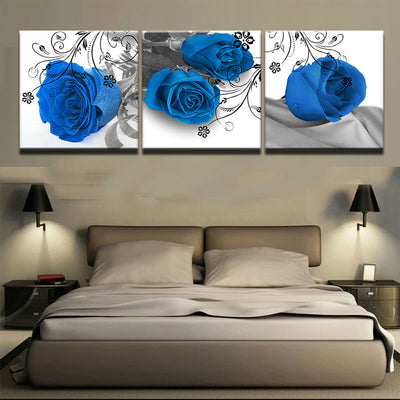 FOUR BLUE ROSES - Ole Canvas