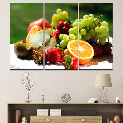 Green Grapes - Ole Canvas