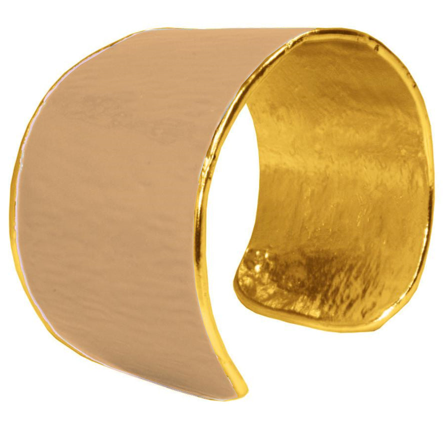 Gold cuff entirely covered with beige enamel