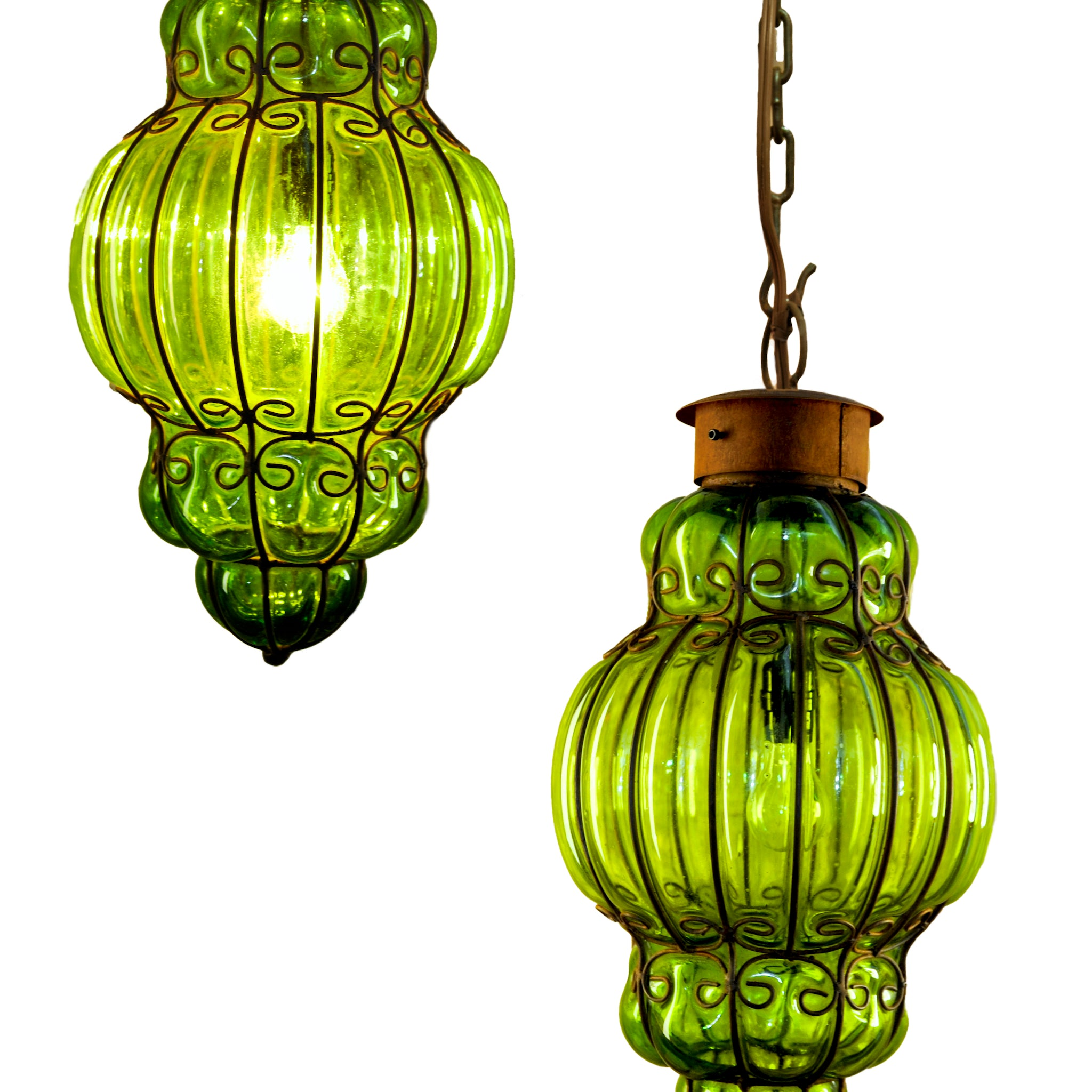 Queen Pendant Light | Green Glass