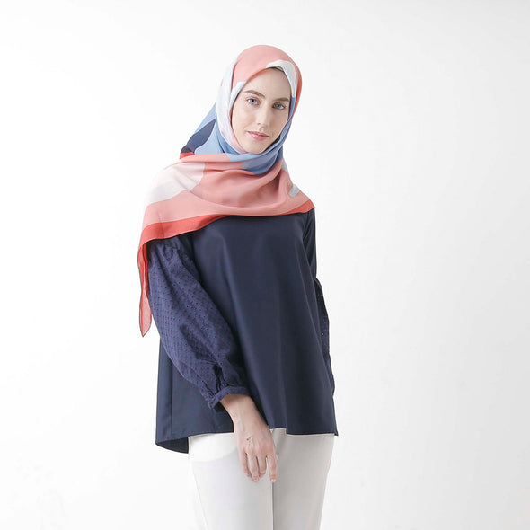 Audy Blouse