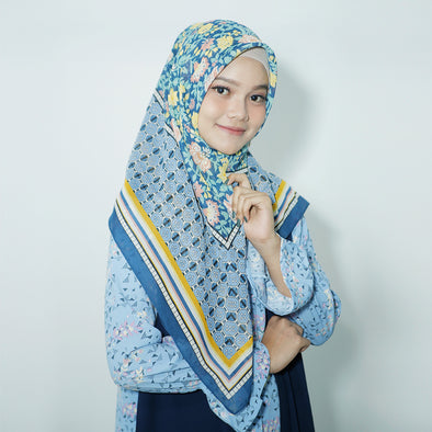 Carmelia Scarf Light Navy