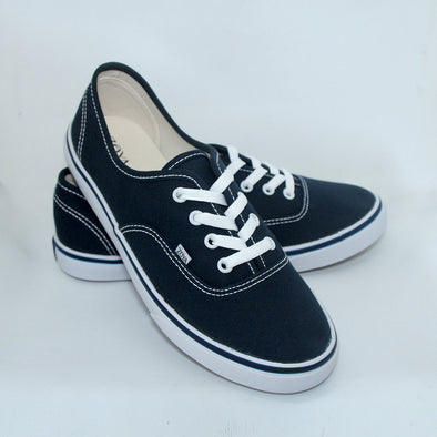 Yukki Shoes Navy