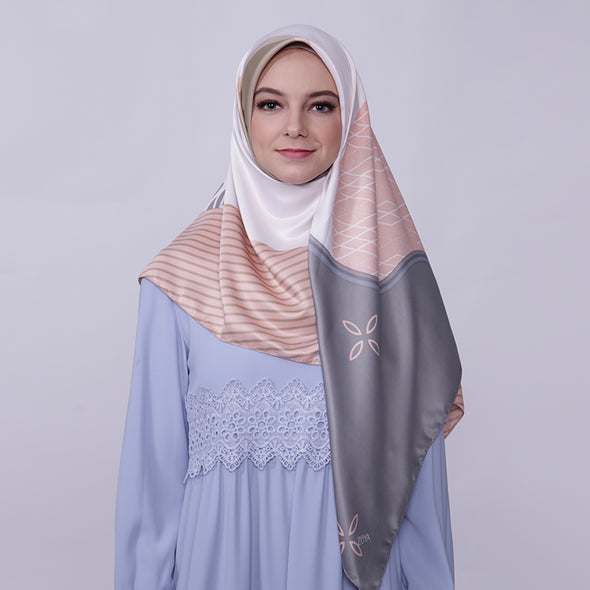 Joanna Scarf Brown